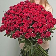 Букет 101 метрова червона троянда