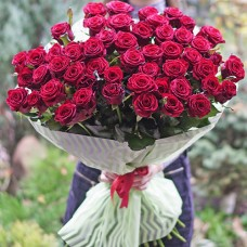 Букет 51 красная высокая роза